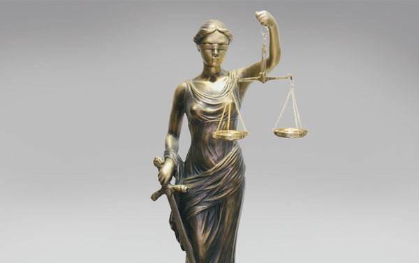 Ислоҳоти адвокатура: баҳси мақомот ва ҳимоятгарон