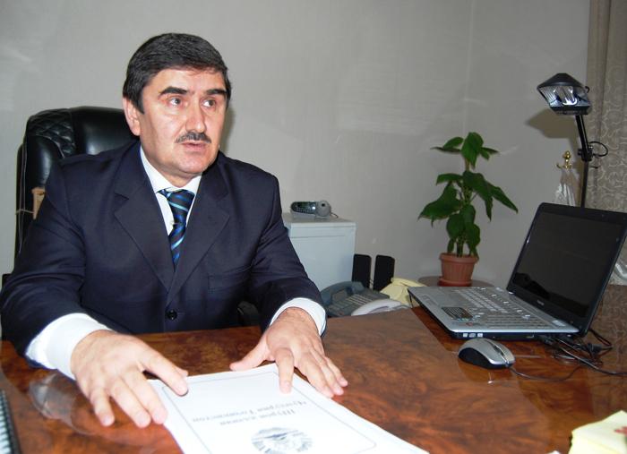 З.Азизов: Применение пыток ставит под сомнение правосудие