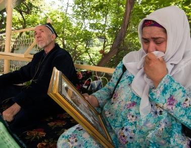 Photohistory of victim of torture: Hamzaali Ikromzoda