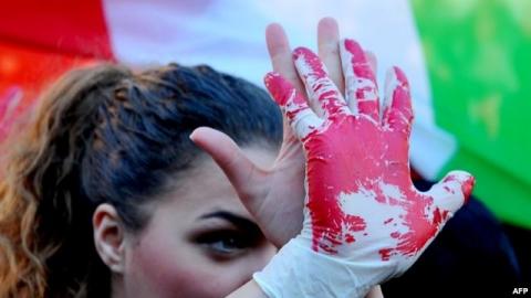 Тоҷикистон: Занҳои босаводу коргар ҳам шаллоқ мехӯранд