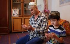 """Фотоистория жертвы """"дедовщины"""": Акмал Давлатов"""